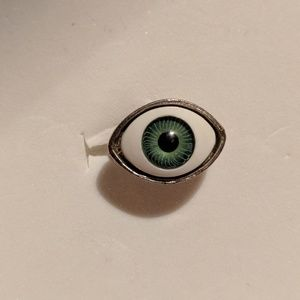 Jewelry - Green Eye Adjustable Silver Ring